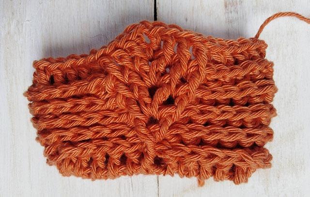 Free Crochet Pattern Leaf Soap Saver - Row. 6