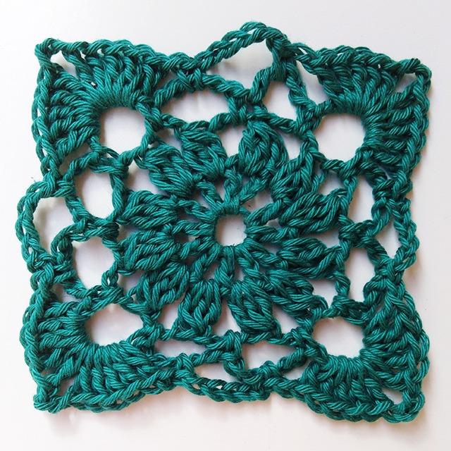 Crochet Pincushion - Row 4 - Moara Crochet