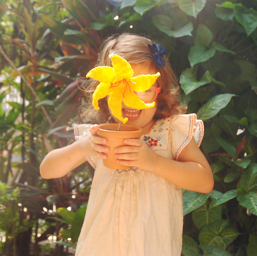 Free Crochet Lily Pattern - Moara Crochet Blog