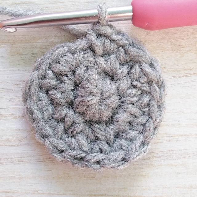 Free crochet stocking pattern row 3 - Moara Crochet